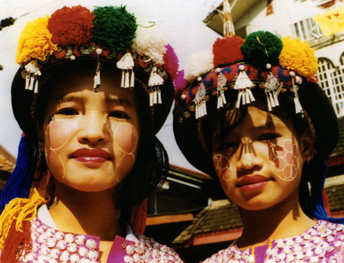 Hilltribe Girls, Mae Sai, Thailand