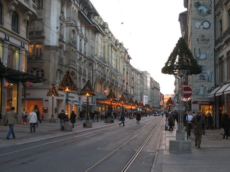 Geneva And L Escalade